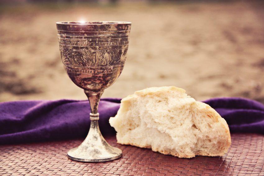 EATING THE COMMUNION UNWORTHILY Communion
